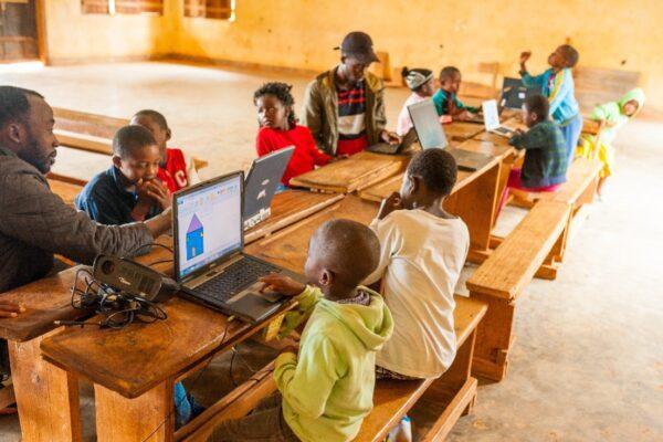 animation solidaire en Afrique